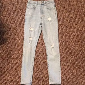 FOREVER 21 destroyed high waisted button fly jeans